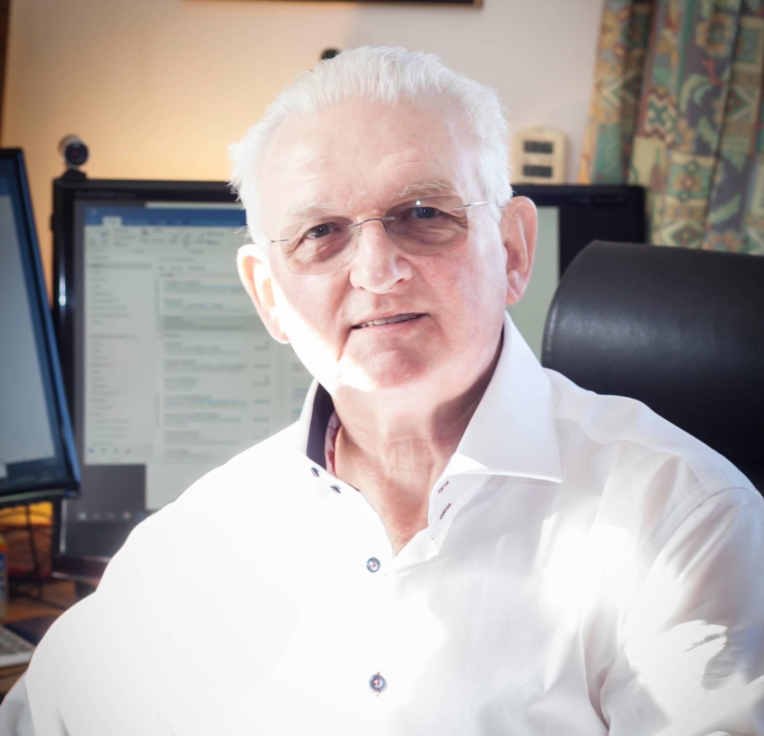 Chris Makin Mediator