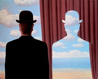 magritte-curtain
