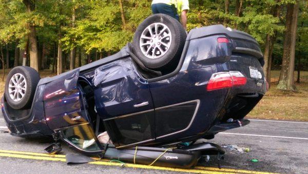 Jeep Cherokee Comes Through in Crash - chrisparente.com