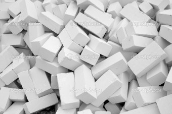 Piled up a big pile of white bricks