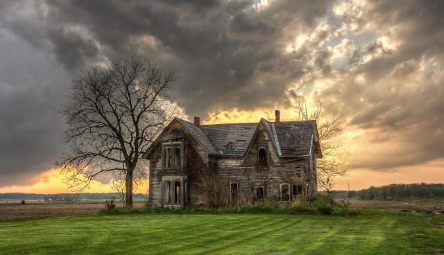 Midwest farm house decay
