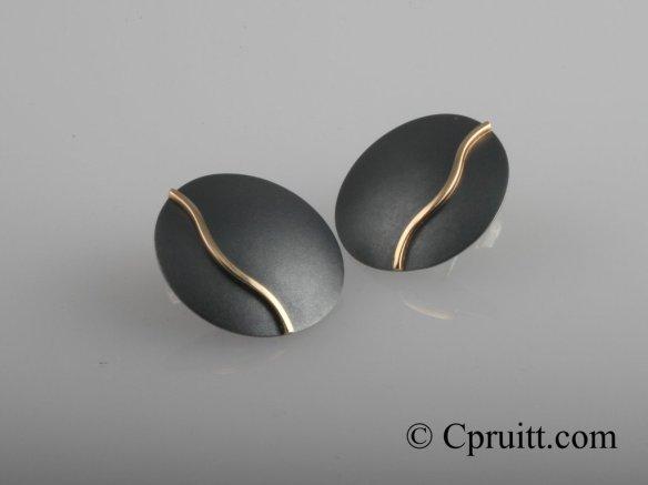 52-Offset 14kSilver Earrings 1