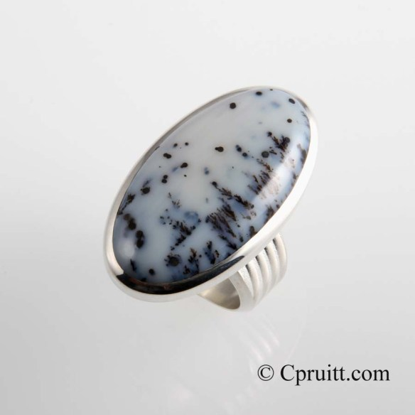 Mecidine Bow Agate Ring