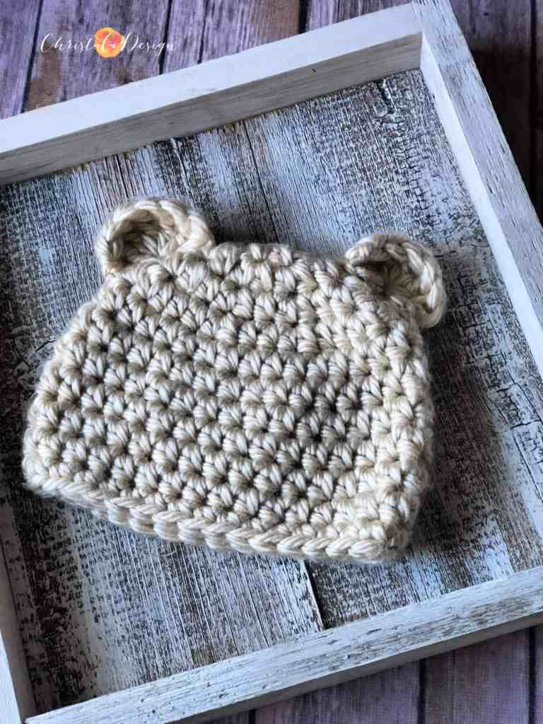 picture of crochet bear beanie laid flat