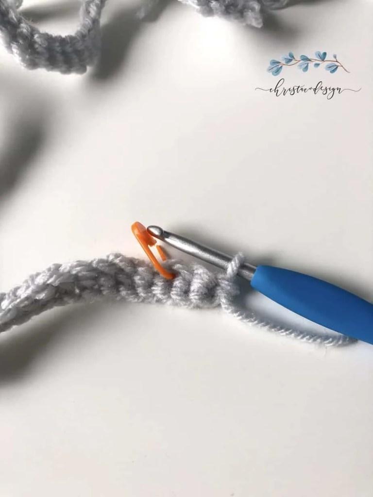 picture of stitch marker in third foundation stitch