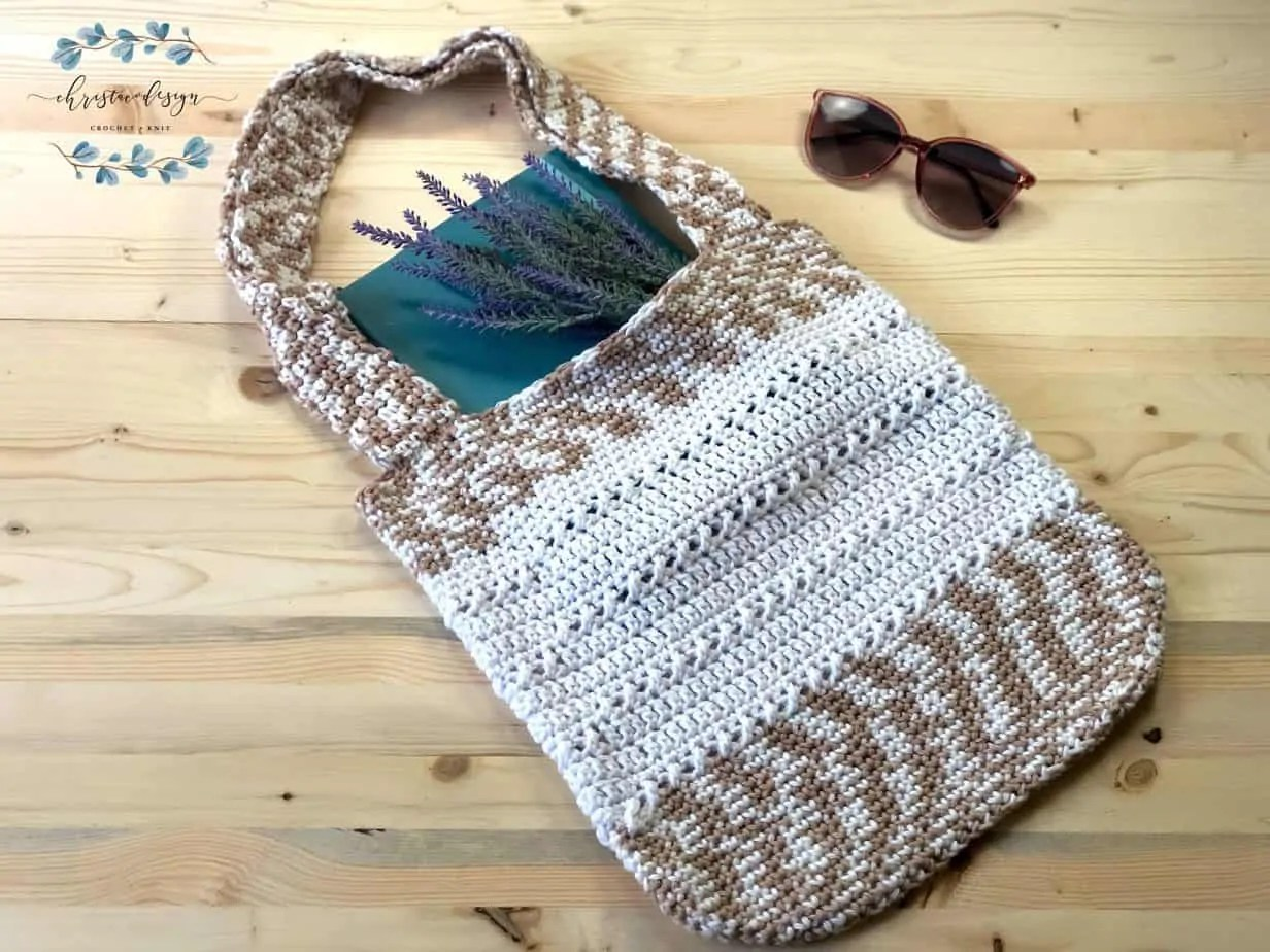 The Library Tote-a free crochet pattern