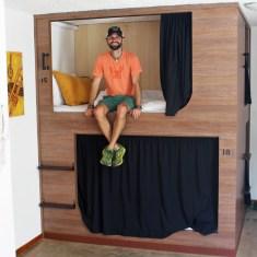 Chris Tarzan Clemens - El Hostelito