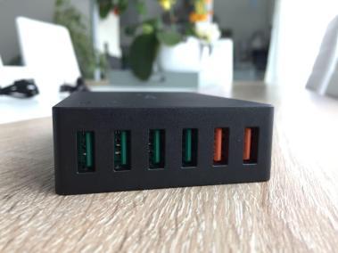 image Test du chargeur de voyage Aukey quick charge 6 ports USB 3,0 60W 5