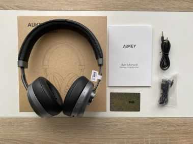 image Test du casque EP-B52 Bluetooth 5 Aukey avec coussinets en cuir et mousse à mémoire de forme 3