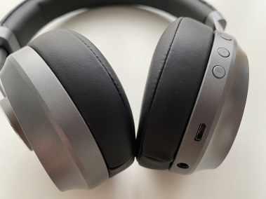 image Test du casque EP-B52 Bluetooth 5 Aukey avec coussinets en cuir et mousse à mémoire de forme 5