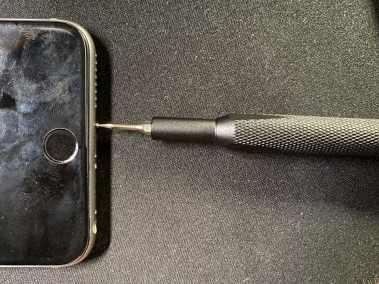 image Test du Kit de tournevis 64 embouts iFixit pour réparer vos smartphones 16