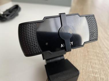 image Test de la webcam PC-LM4 de Aukey, 5 MP, 1080p avec mise au point automatique 6