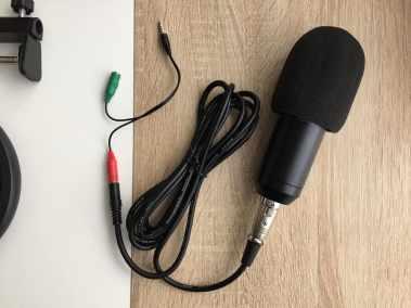 image Test du kit microphone et support de microphone à bras ciseaux Aukey 8