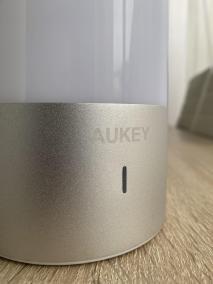 image Test de lampe de chevet Aukey 360° à LED avec contrôle 6
