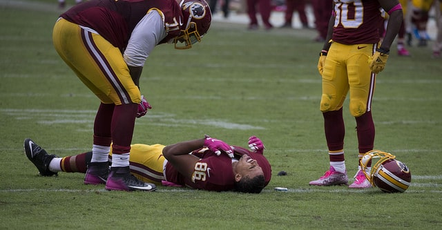 football causes concussions