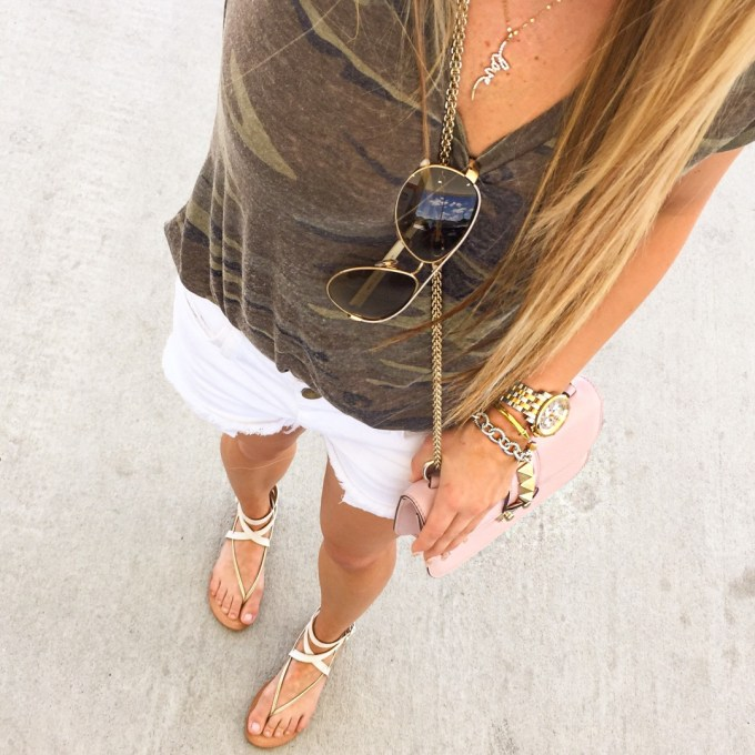 camo tee, white cutoff shorts, current elliot, dolce vita sandals