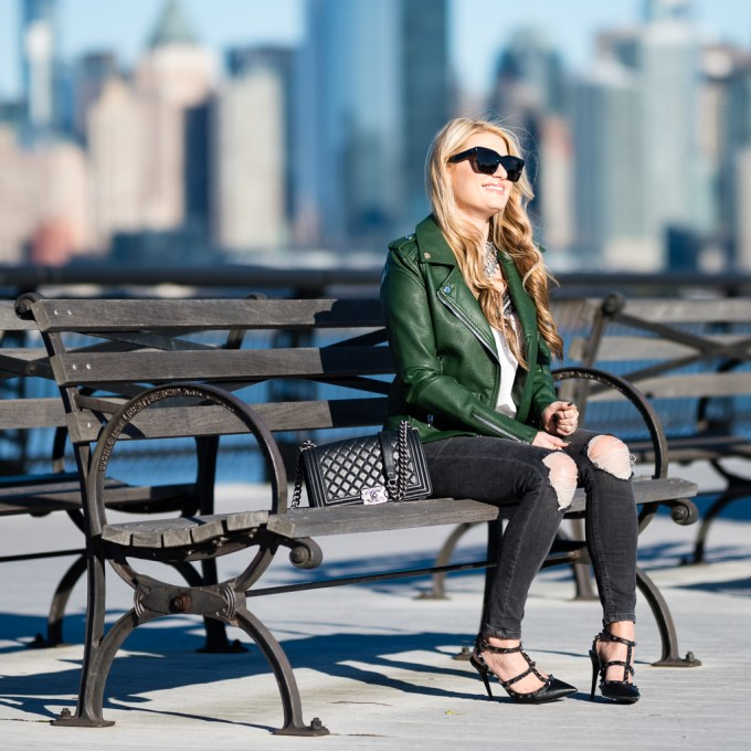 green jacket, faux leather, blanknyc, topshop, kendra scott, statement necklace, lace cami, valentino rockstud noir, chanel boy, celine sunglasses