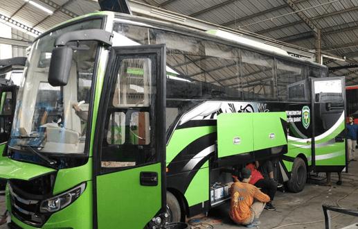 Pengerjaan Rumahan (karoseri) Bus