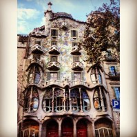 Saw Casa Batlo early in the morning. Best part wasd that there were no tourists outside!