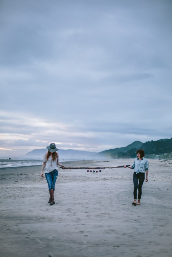A-Beach-Daytrip-by-Eva-Kosmas-Flores-39-2