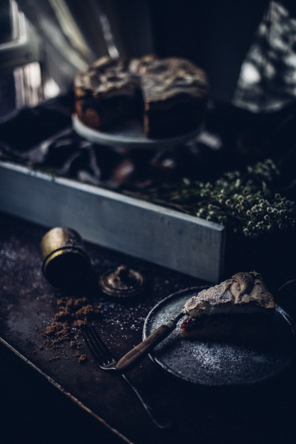 winter-nordic-cake-with-a-rhubarb-black-current-rose-jam-photography-styling-by-christiannkoepke-com-16