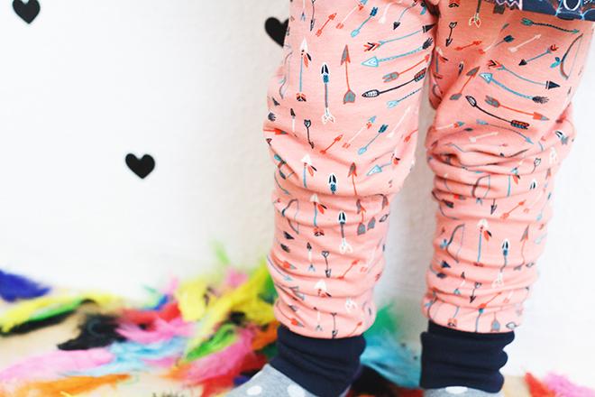 Interlock Wildland Serie von Birch fabrics vernäht für Eulenmeisterei zu einer Leggings und Wanda nach Schnittgeflüster
