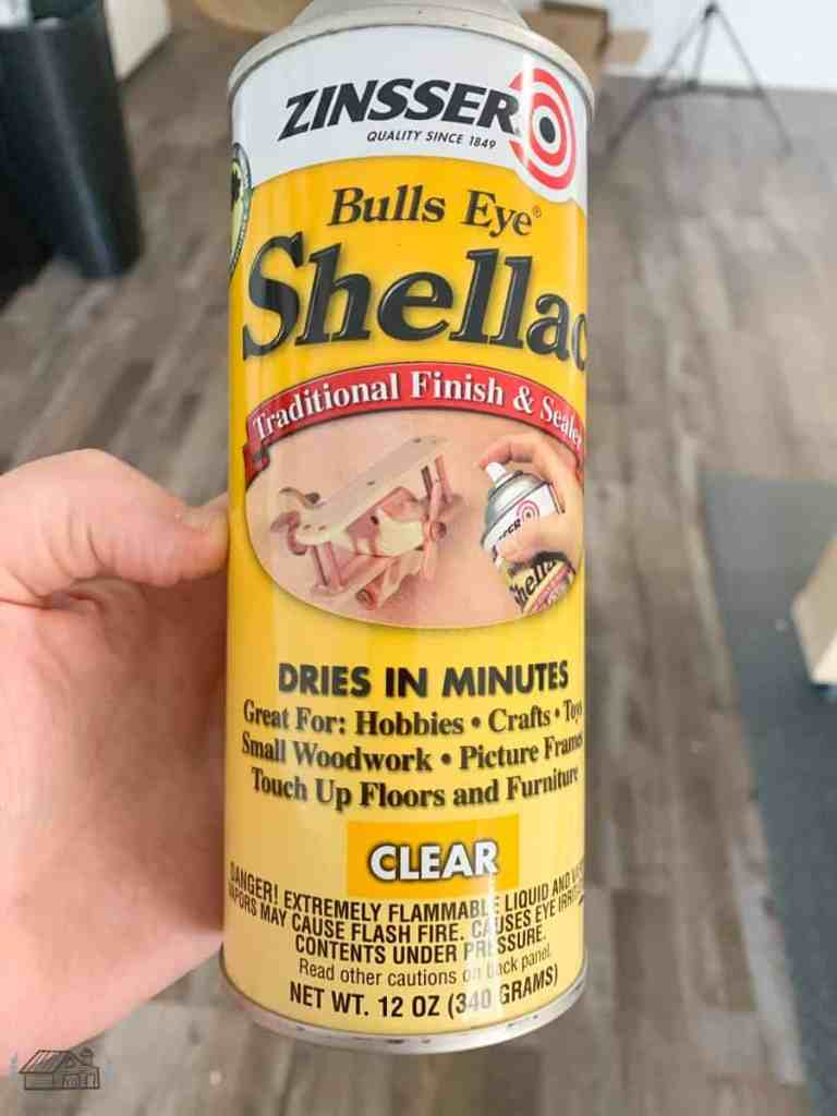 Can of Zinsser Bulls Eye Shellac