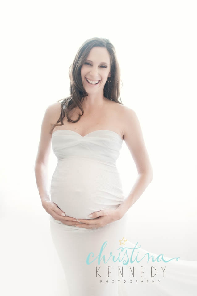 backlit-wrapped-pregnancy-portrait