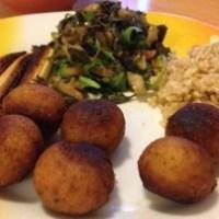 Falafel mit Mangold/Rucola und braunem Reis
