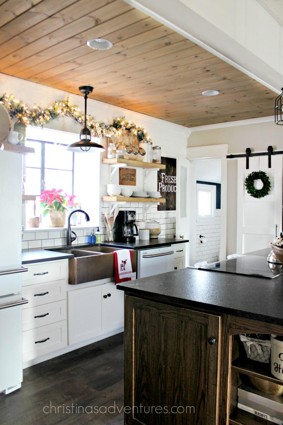 Farmhouse Christmas Kitchen - Christinas Adventures on Kitchen  id=12998