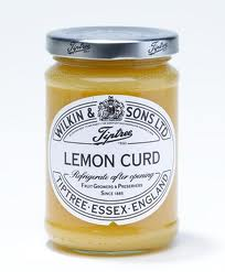 a photo of lemon curd.
