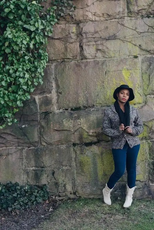 Antdray-christinealamode-new-brunswick-big-stone-wall-vines-outdoor-photoshoot-bcbg-boots-black0scarf-hat-cowboy-pose-fall-winter-fashion