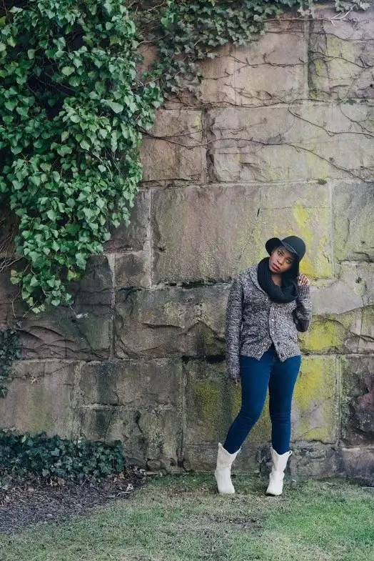 Antdray-christinealamode-rutgers-new-brunswick-big-stone-wall-vines-outdoor-photoshoot-bcbg-boots-black0scarf-hat-cowboy-pose-fall-winter-fashion-brown-sweater-3