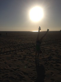 If there's a beach, there's a handstand attempt