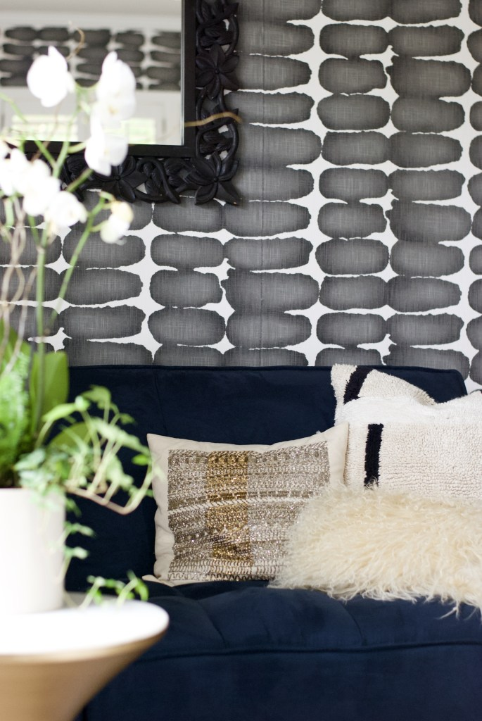one room challenge, better homes and gardens, Christine Kohut Interiors, design ninja, project coast to coast, #ckprojectcoasttocoast, nate berkus, west elm, throw pillow, blue velvet sofa