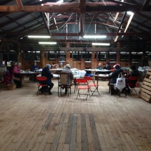 """general art classes Short residential schools, weekend workshops, ongoing classes. Suits artists or non-professional groups. Topics, strategies and activities to develop the independent artist. Topics include how to draw, matching colour, painting in the field, working from photos, problem solving, planning for success. image: teaching group painting in the shearing shed at """"Moorabinda"""" near Tenterfield."""