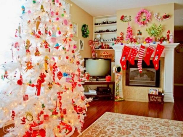 So The Best Option Is To Invest In Christmas Decorating Ideas These Consist Of Simple And Easy Make Homemade Decorations That Can Be Utilized For