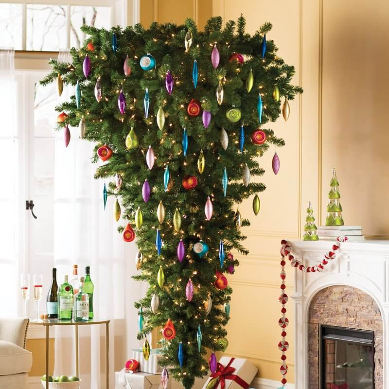 What Date Should You Take Down Christmas Decorations