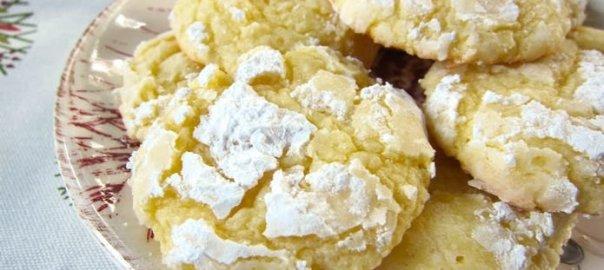 Almond Cream Cheese Crinkles