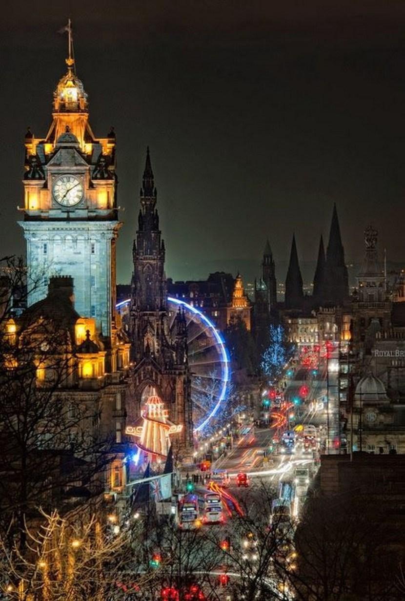 Night Lights, Edinburgh, Scotland – Why you need to visit Edinburgh this year