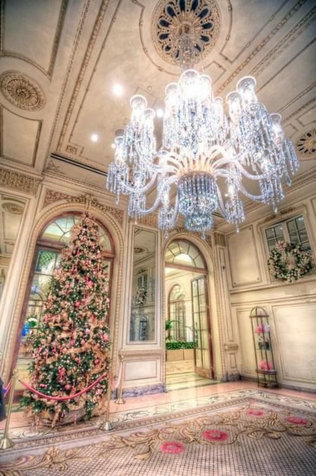 33 beautiful photos of Christmas in New York City USA 14
