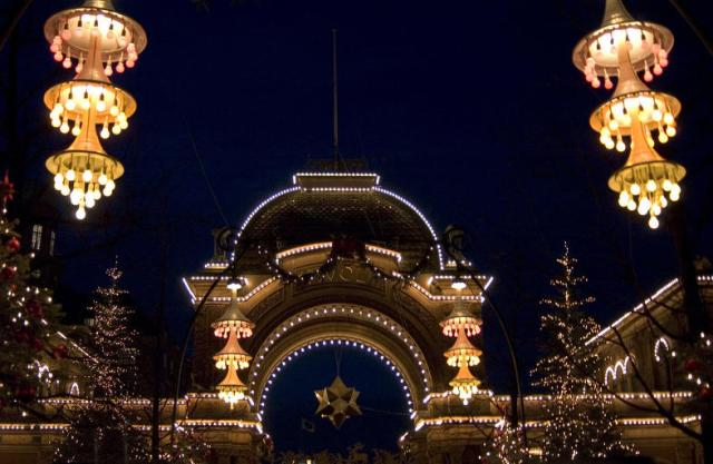 christmas-lights-in-copenhagen-denmark