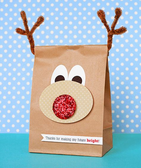Cute reindeer paper bag