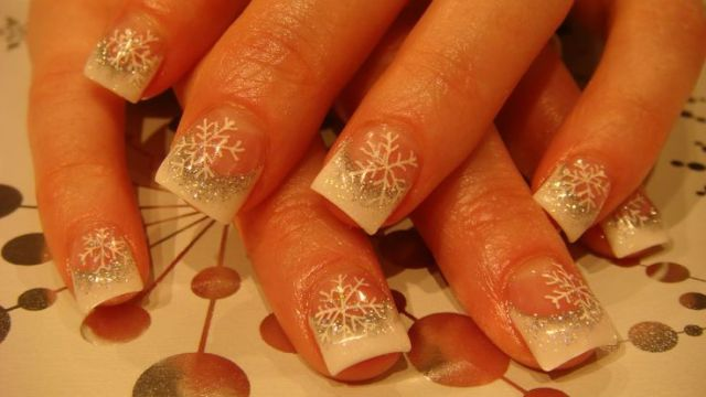 merry-christmas-acrylic-nails