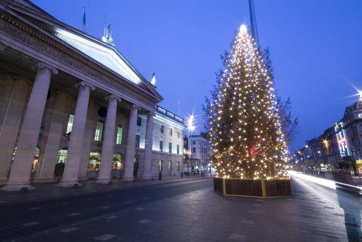 O'Connell Street, Dublin at Christmas