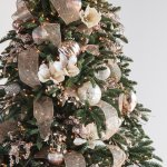 French Country Christmas Tree Decorating Ideas