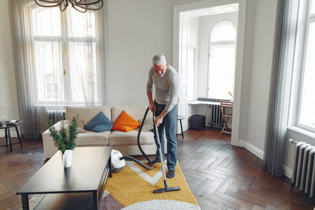 Méditer lors des tâches ménagères