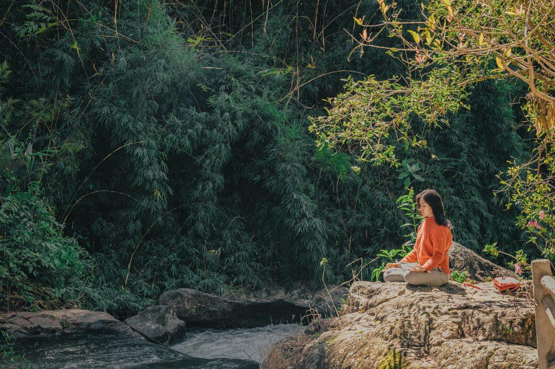 Comment méditer seul