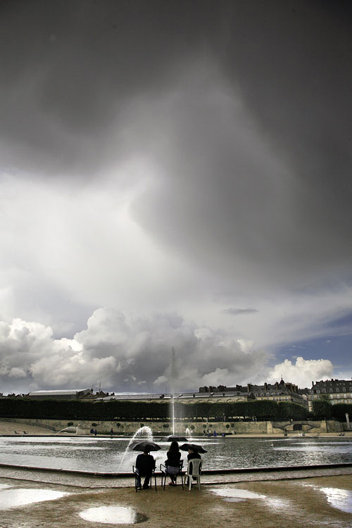 https://i1.wp.com/christophejacrot.com/wp-content/uploads/paris-in-the-rain/21_cj2007-parispluie402smal2.jpg