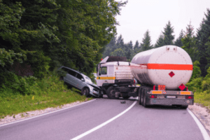 truck crashes can cause injury
